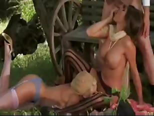 Пикаперы разводят пяных на секс
