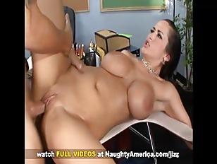 Busty Carmella Bing fuck in cl