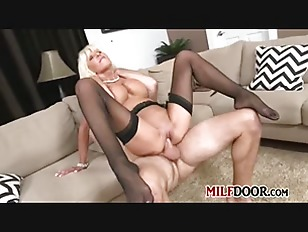 Awesome Mature Actress Perform
